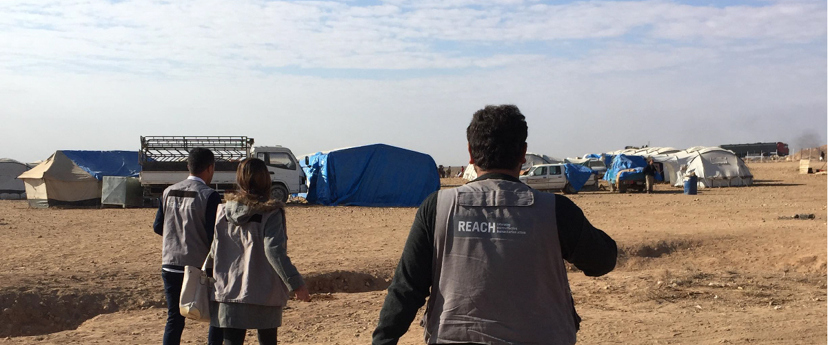 REACH data collection teams in Ein Issa Extension camp, Ar-Raqqa governorate. © IMPACT/2017