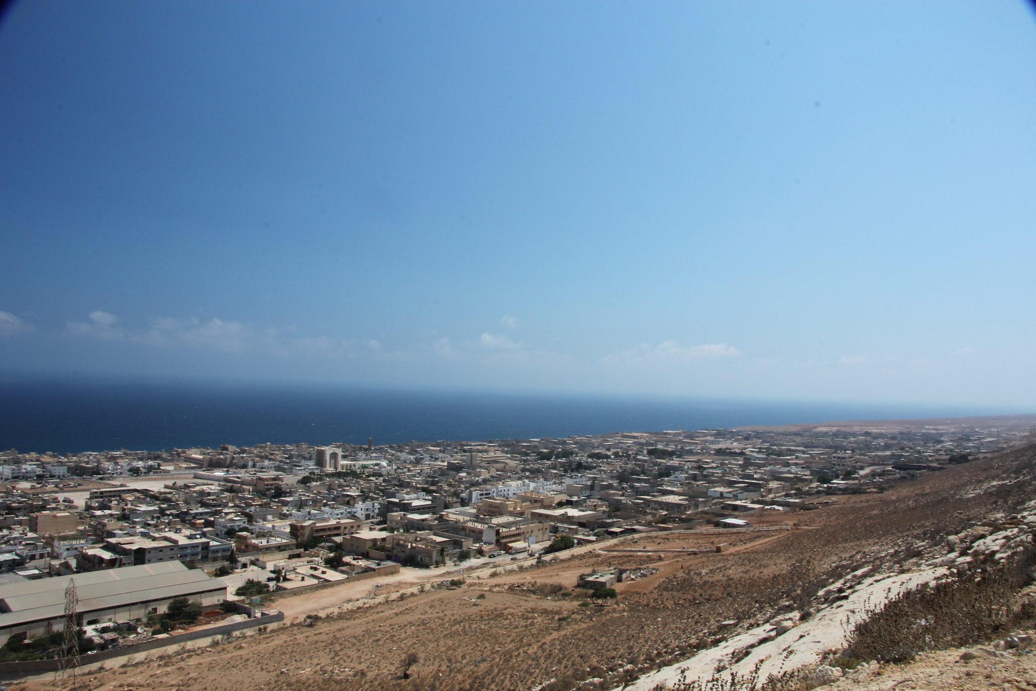 The Libyan costal city of Derna has been under militarily encirclement since July 2017. (Picture: Creative Commons)