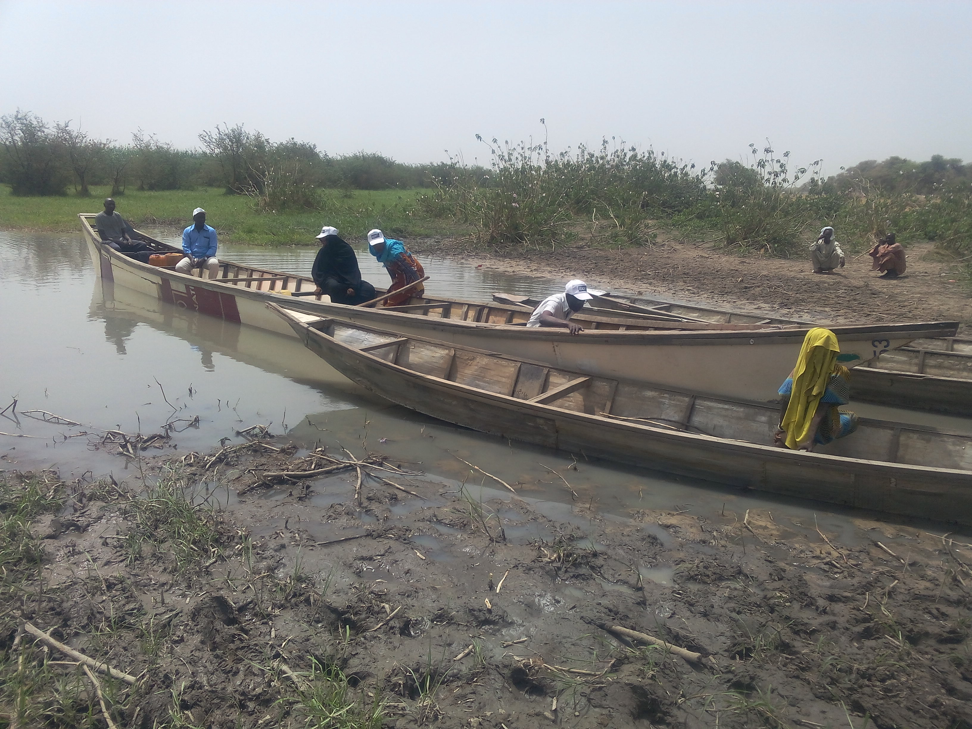 REACH team leaves one of the islands on Lake Chad to head to the next one. © REACH 2018